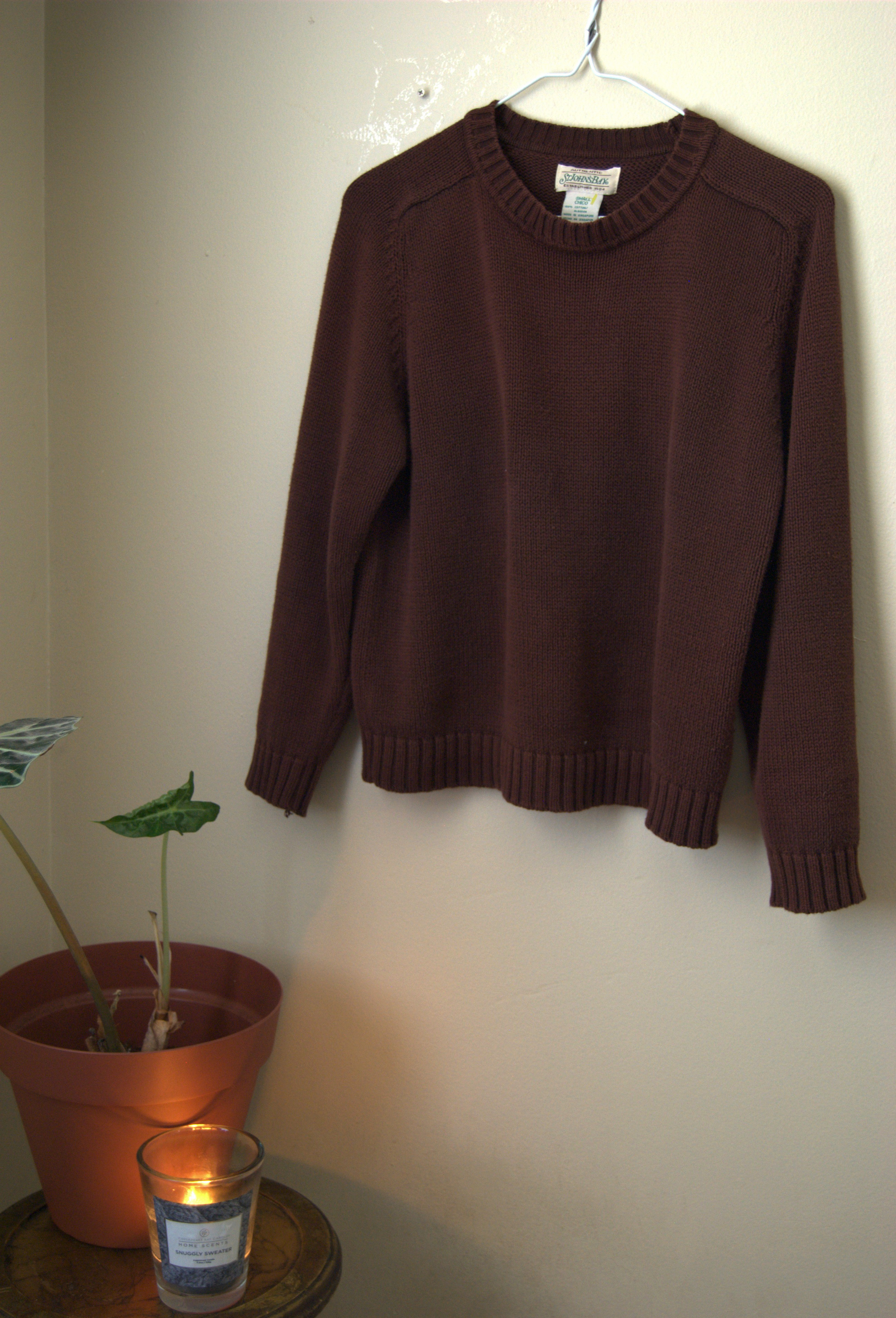 brown sweater (1)